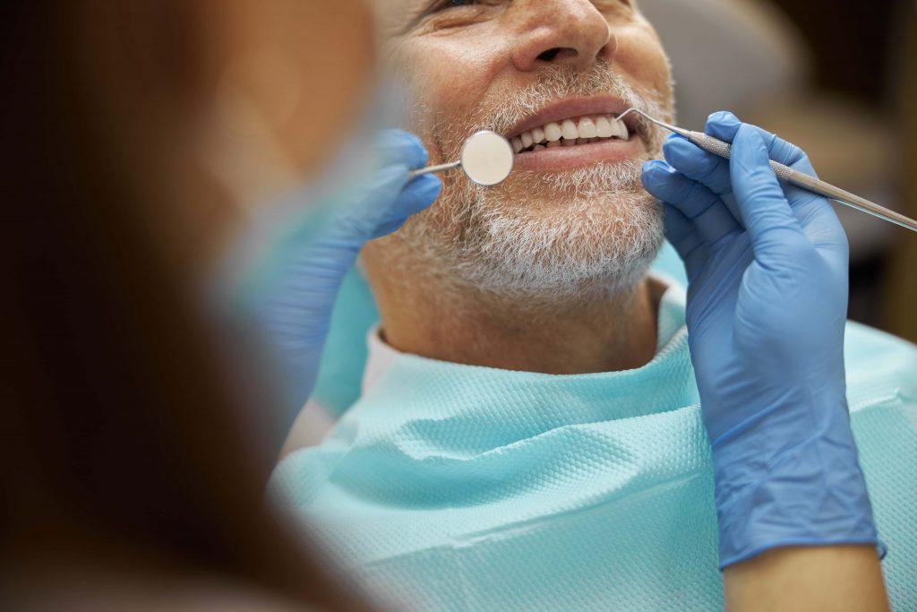 Цената на преуредувањето насмевка во Истанбул - Стоматолошки центар Истанбул