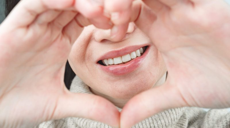 How Much Does a Full Mouth of Veneers Cost in Istanbul?